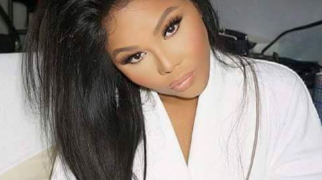 Hot Shot: Lil Kim Gears Up For BET Awards Performance?