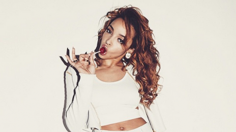 Watch: Tinashe Soars On 'The Pinkprint Tour'