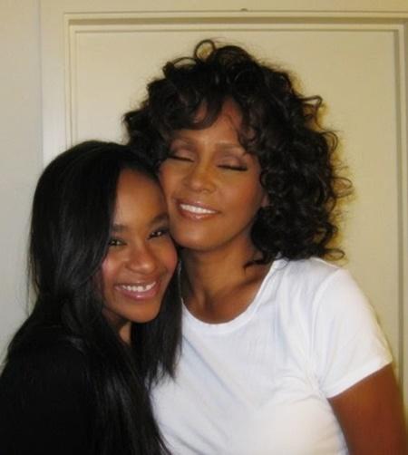 Whitney-Bobbi-Kristina-thatgrapejuice