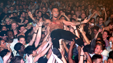 Hot Shots: Aston Merrygold Performs 'Get Stupid' Live In London
