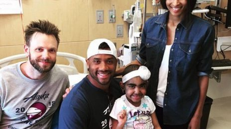 Hot Shots: Ciara & Russell Wilson Visit Seattle Children's Hospital