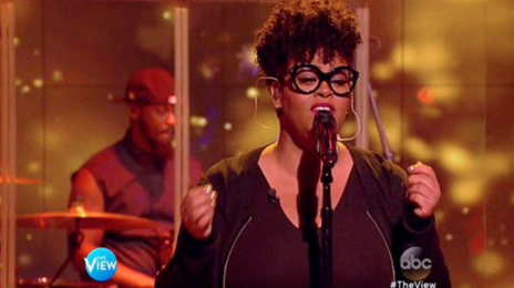 Watch: Jill Scott Performs 'Fool's Gold' On 'The View'