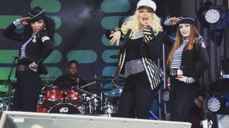 Christina Aguilera Rocks 'Cisco Rocks' As Fans Continue Rally For Tour [Video]