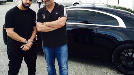 Hot Shot: Drake Picks Up A New Rolls Royce Wraith