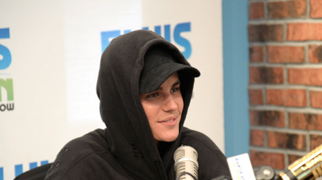 Hot Shots: Justin Bieber Visits 'Elvis Duran In The Morning'