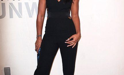 Gorgeous: Kelly Rowland Glows At Max Azria Fashion Show
