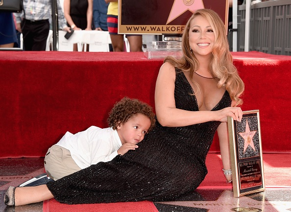 Mariah Carey - Página 12 Mariah-carey-walk-of-fame3-thatgrapejuice