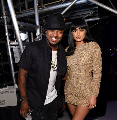 neyo-kylie-jenner-that-grape-juice-19110101