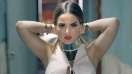 New Video: JoJo - 'When Love Hurts'
