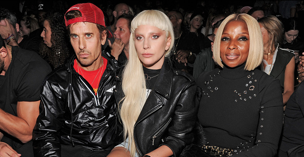 lady-gaga-mary-j-blige-that-grape-juice-2015