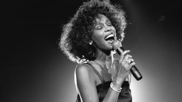 Whitney Houston Performing