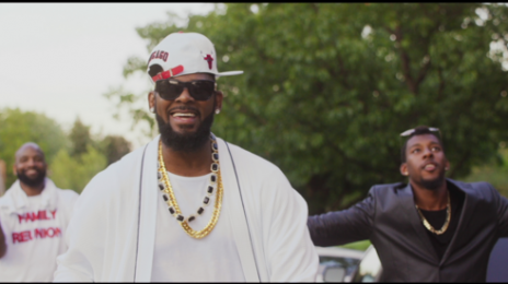 New Video:  R.Kelly - 'Backyard Party'