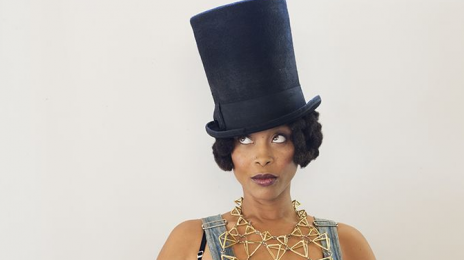 Watch: 'The Breakfast Club' Interviews.... Erykah Badu