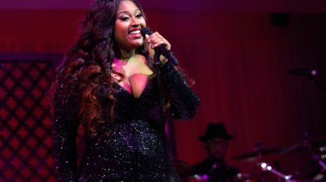 "Jazmine Sullivan Spills On ""Intimate"" New Album"