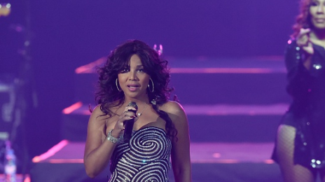 Hot Shots: Toni Braxton Sizzles In Moscow