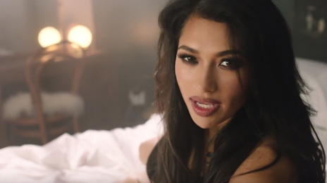 New Video: Vanessa White - 'Don't Wanna Be Your Lover'