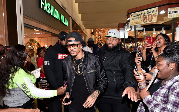 august-alsina-that-grape-juice-meet-greet-that-grape-juice-1919-