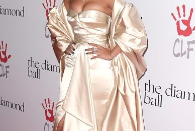 Rihanna Hosts 2nd Diamond Ball / Hollywood Royalty Attends