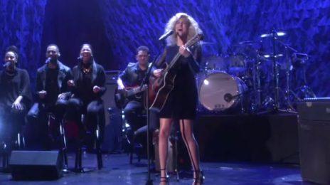 Tori Kelly Smashes 'Should've Been Us' On 'Ellen' [Performance]
