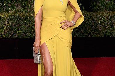 Jennifer Lopez Stuns On 'Golden Globes' Red Carpet