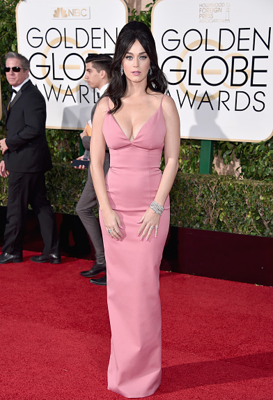 Heres Katy Perry And Her Boobs At The Golden Globes