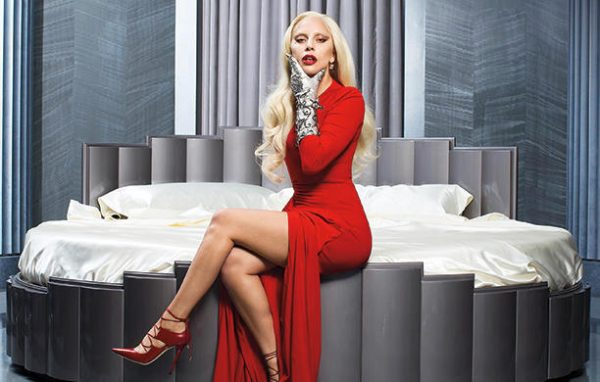 lady-gaga-ahs-hotel-bed