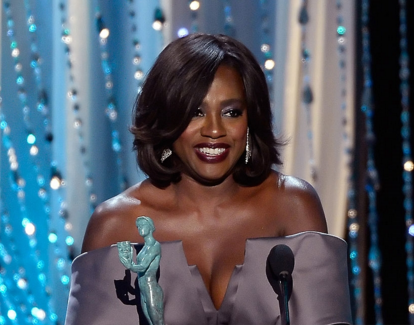 viola-davis-screen-actors-guild-awards-that-grape-juice-2016