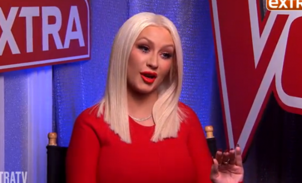 christina aguilera tgj extra the voice