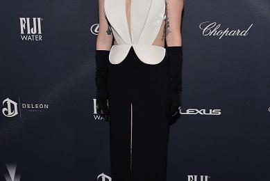 Hot Shots: Lady Gaga Glows Old Hollywood At Pre-Oscar Gala