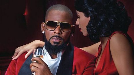 New Song:  R. Kelly - 'She Deserves'