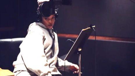 Watch: Rihanna Recorded 'Work'...While Smoking & Drinking