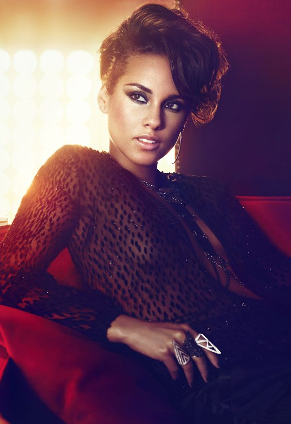 ALICIA KEYS - Girl on Fire Promo Shoot and CD Cover