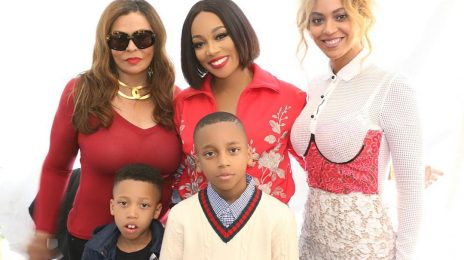 Hot Shots: Beyonce & Monica Pose It Up At The White House