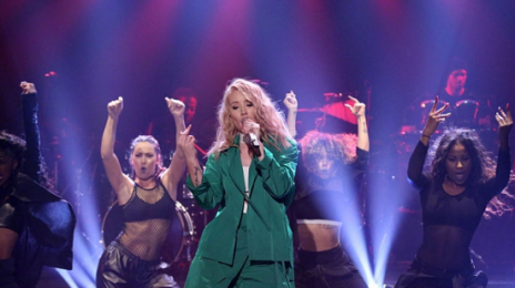 Watch: Iggy Azalea Delivers First Performance Of 'Team'