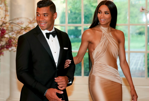 russell-wison-ciara-that-grape-juice-2015-19101010