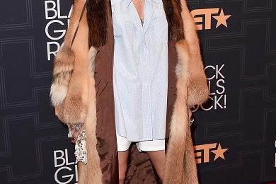Hot Shots: Rihanna, Kelly Rowland, Monica & More Slay 'BET Black Girls Rock' Red Carpet