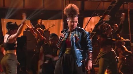Watch: Alicia Keys Amazes With 'In Common' On The Voice
