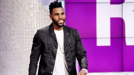 Watch:  Jason Derulo Drops By 'The Real'
