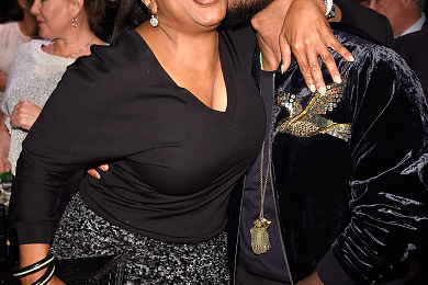 Hot Shots: Usher & Oprah Winfrey Celebrate 'The Robin Hood Foundation's 2016 Benefit