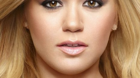 Kelly Clarkson Inks Longterm Deal With Atlantic / Readying R&B Album