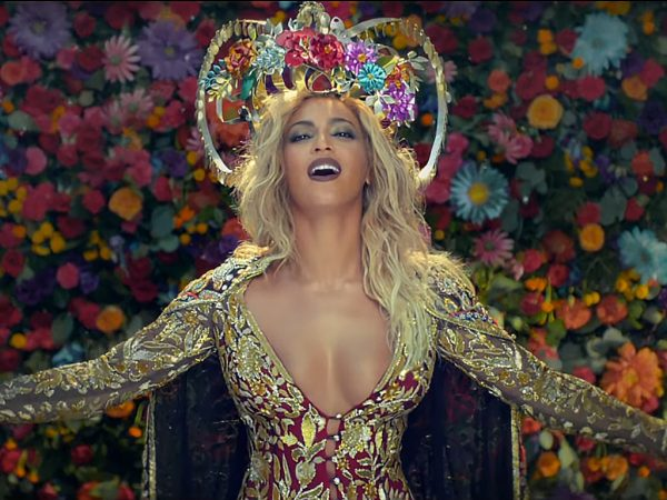 Beyonce-that-grape-juice-2016-19191091919188909