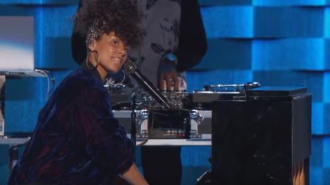 Watch:  Alicia Keys Lights Up 2016 Democratic National Convention With Hot Performance