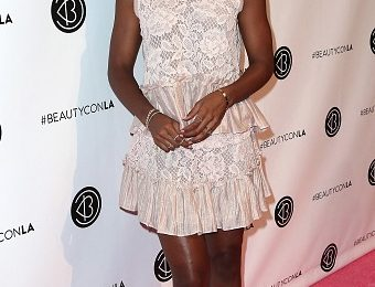 Hot Shots: Kelly Rowland Beams At Beautycon Festival
