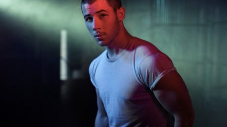 Nick Jonas Disappointed With VMA Snub