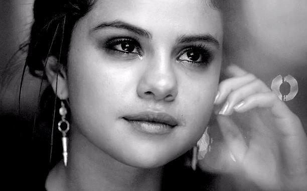 Selena Gomez Lashed On Social Media For #BlackLivesMatter ...  Selena Gomez La...