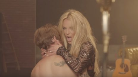 New Video: Britney Spears - 'Make Me'