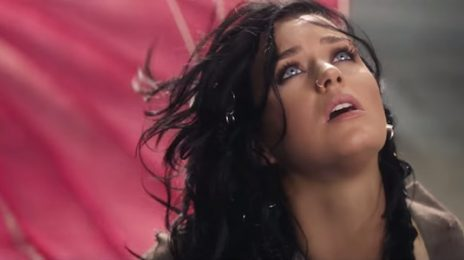 New Video: Katy Perry - 'Rise'