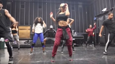Watch: Tinashe Dances Up A Storm In 'Superlove' Rehearsal