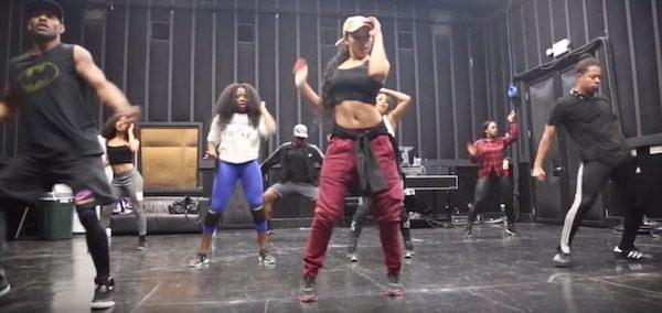 tinashe-superlove-rehearsal-tgj