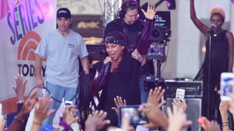 Alicia Keys Belts Biggest Hits On 'The Today Show' / Talks Being Make-Up Free